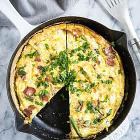 Frittata with Asparagus, Bacon, and Goat Cheese