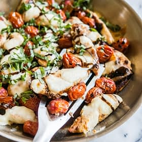Easy Caprese Chicken Skillet