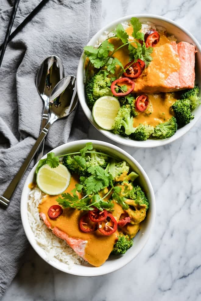These easy bowl feature quick pan-seared salmon, an Indian coconut curry sauce, steamed broccoli, and rice for an easy one bowl dinner!   Fed & Fit