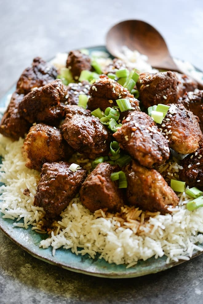 These Turkey Teriyaki Meatballs are gluten free and Paleo, easy, and packed with flavor!   Fed & Fit
